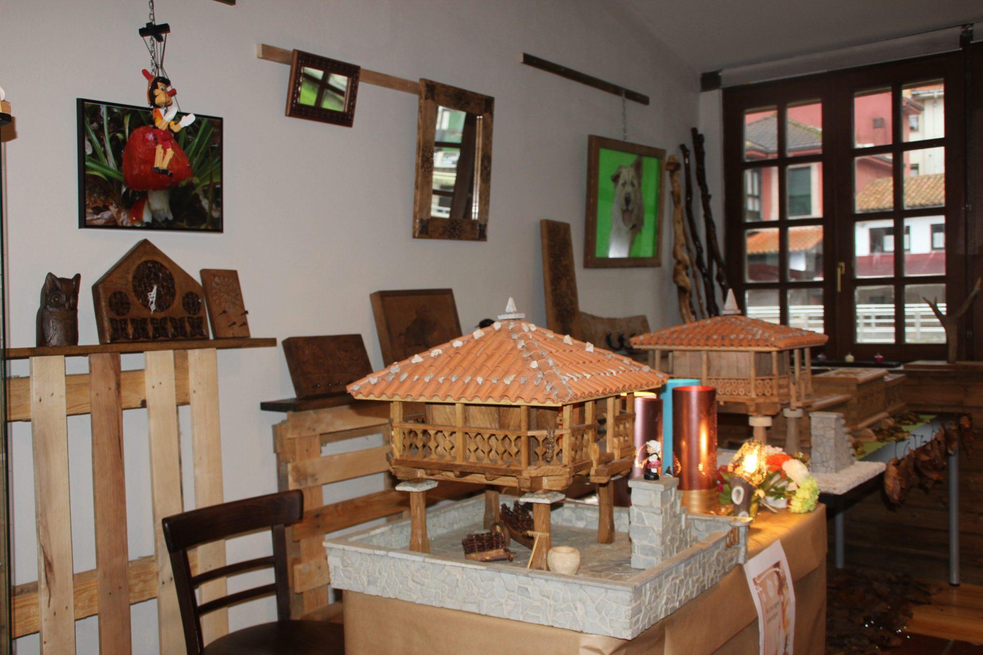 artesania-en-llanes-sala-benavente-sala2 - CASA RURAL EN LLANES LA ...