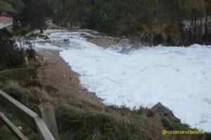 Playa de Vidiago. Temporal en la Costa