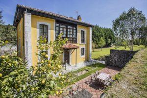 Casa Rural en Llanes Asturias la Boleta. Fachada trasera. Tlfno 620 72 42 79